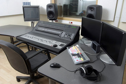Mixing board format in a studio's control room
